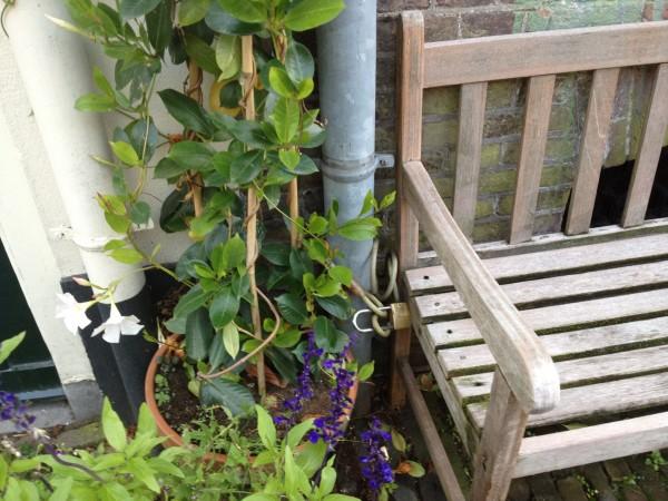 Verplaatsbare stoelen intensiveren het gebruik van parken
